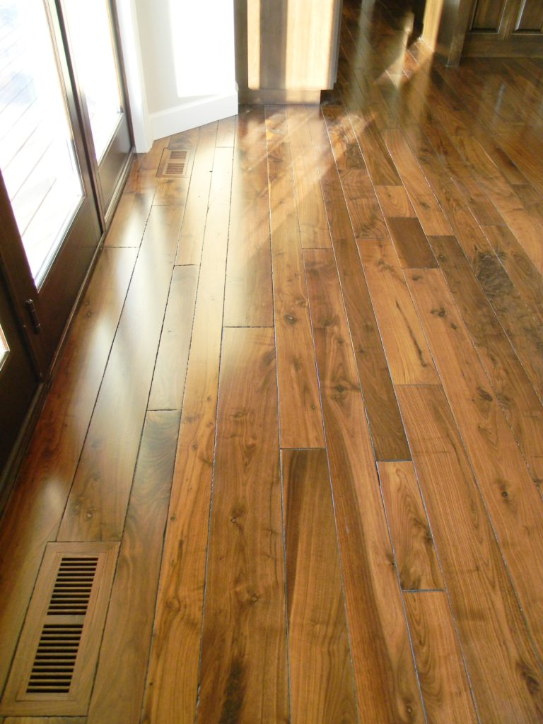 heartwood Amp Sapwood Balsam Wide Plank Flooring